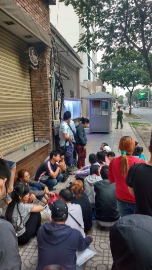Line at Chinese Consulate in Ho Chi Minh City
